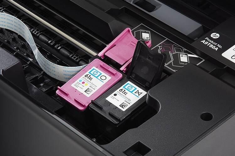 Cartuchos de tinta na impressora HP