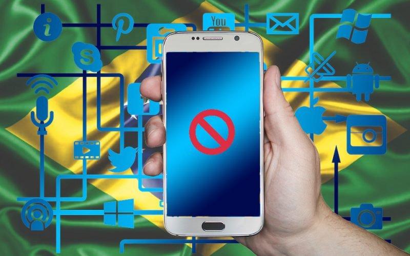 Imagem de Governo vai cortar a internet no Brasil para acabar com a comunicação entre caminhoneiros da greve? Isso é Mentira!