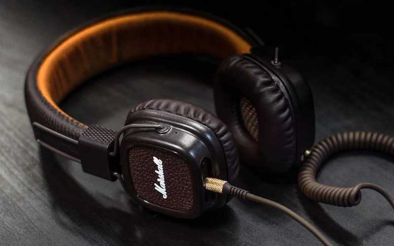 Imagem de exemplo de Headphone com fio